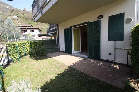 appartamento con giardino lago como domaso appartamento con giardino tre pievi