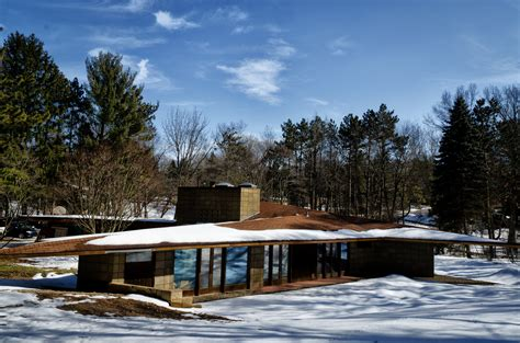 frank lloyd wright house designs the magnificent frank lloyd wright designs midcityeast