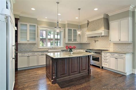 Two Tone Kitchen Cabinet Ideas Pictures Of Kitchens Traditional Two Tone Kitchen Cabinets Kitchen 163