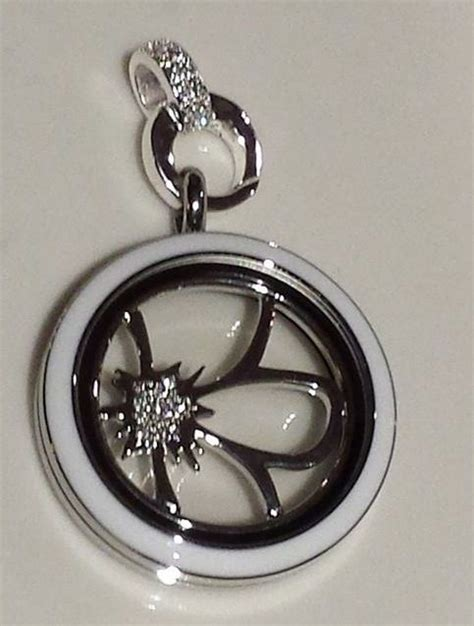 Origami Owl Silver Locket - 25 best ideas about origami owl 2014 on
