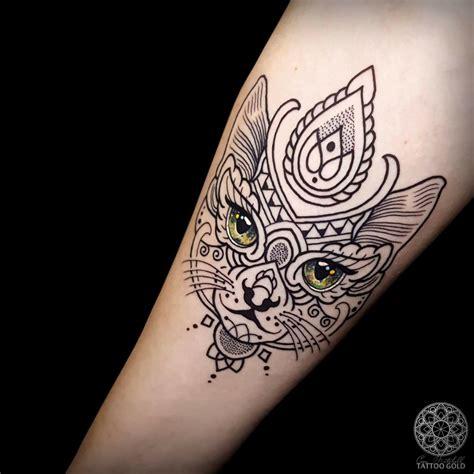 tattoo mandala cat mosaic cat tattoo tattoos ideas pinterest mosaics