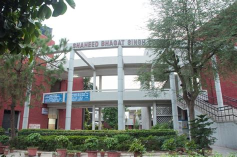 Delhi School Of Economics Mba Fees by Fee Structure Of Shaheed Bhagat Singh College Evening