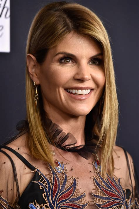 who cuts lori fulbrights hair lori loughlin asymmetrical cut newest looks stylebistro