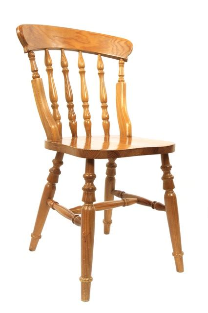 Wicker Dining Room Chair by How To Breathe New Life Into Old Chairs Using Paint