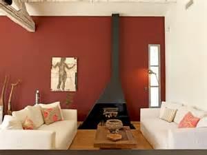 Formidable Couleur Chaleureuse Pour Salon #1: 1902263-mur-ocre-pour-salon-chaleureux.jpg