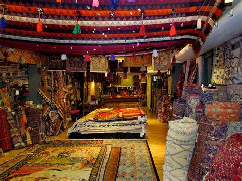 Custom Carpet Company by Persian Rugs Interior Decoration In Dubai