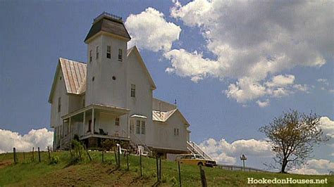 houses from movies the beetlejuice house before and after its makeover