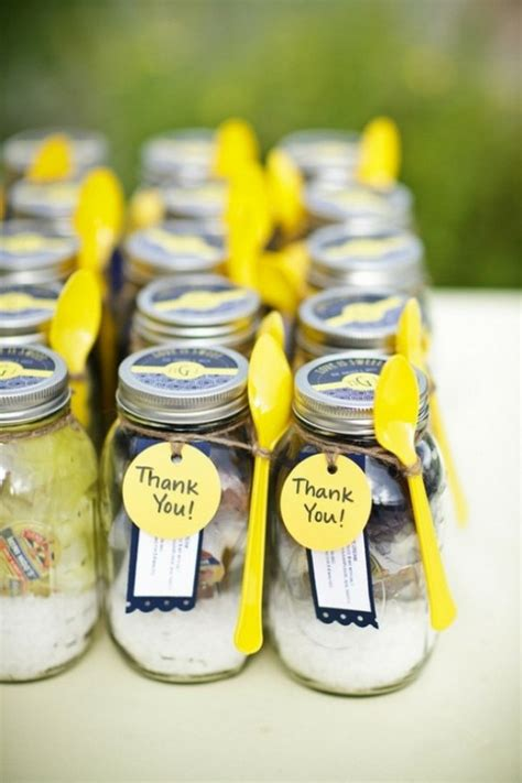Mason Jar Wedding Giveaways - mason jar wedding favors 05