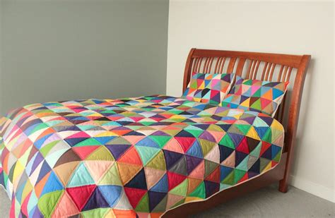 Contemporary Bed Quilts 7 equilateral triangle quilts to inspire plus a pillow