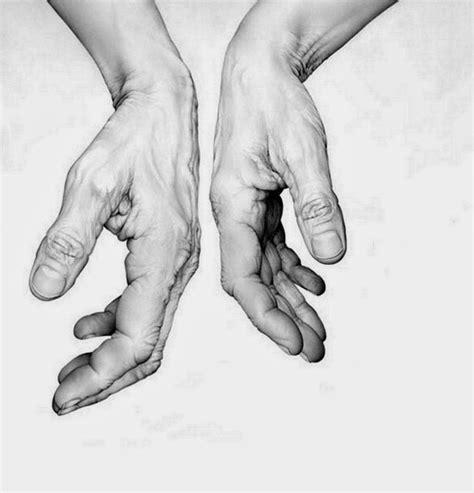 imagenes a lapiz de manos 39 mejores im 225 genes de dibujo figura humana en pinterest