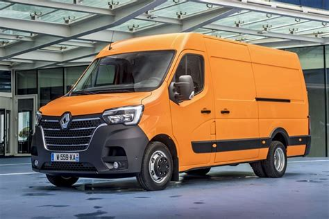 2019 renault master renault master 2019 review parkers