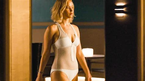 a new film starring jennifer lawrence tells the real life passengers film clip trailer 2016 youtube