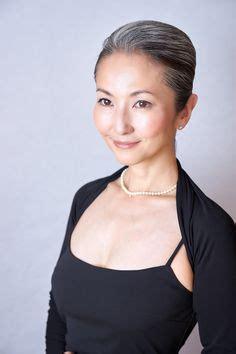 mayuko gray hair style 50 shades of silver pinterest over50 s gray hair style mayuko miyahara from japan grey