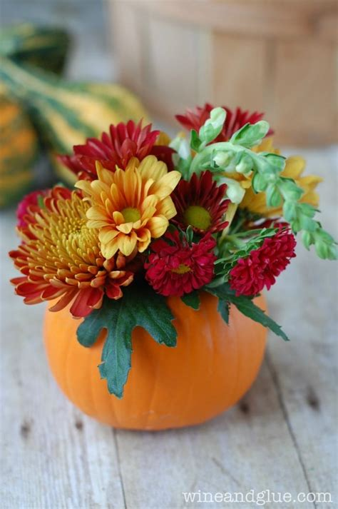 would like to make a small table centerpiece for christmas diy thanksgiving centerpiece wine glue
