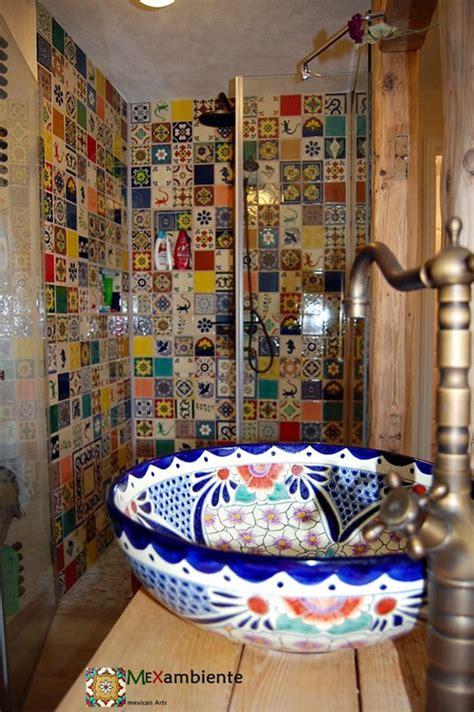 badezimmer im mexikanischen stil mexambiente mexikanische waschbecken bunte fliesen