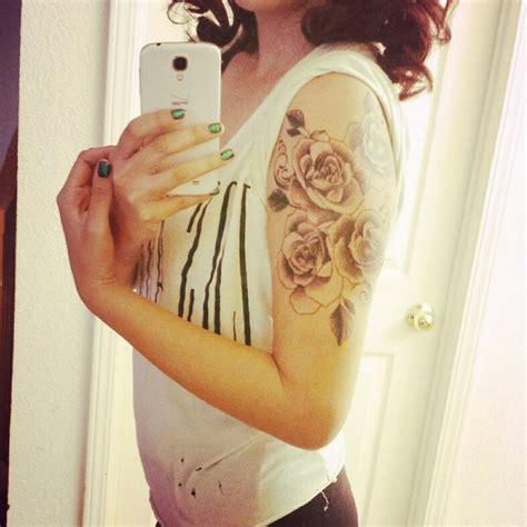 quarter sleeve rose tattoo best 25 quarter sleeve tattoos ideas on pinterest