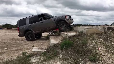 land rover lr3 lifted land rover lr3 climbing stairs youtube
