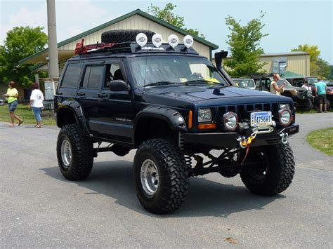 jeep xj lifted jeep cherokee roof rack xj roof rack kevinsoffroad com