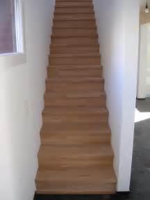 gerade treppe treppen