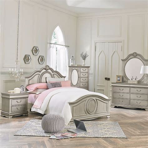 Silver Bedroom Set by 84 Best Room Images On Beds Child Room