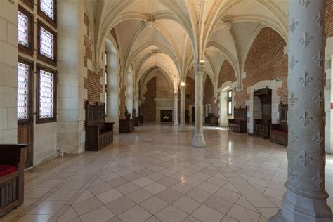 file amboise castle council room jpg wikimedia commons