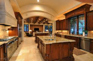 Best Outdoor Entertaining Areas - peak inside the top march madness luxury home sales paradise valley scottsdale arizona