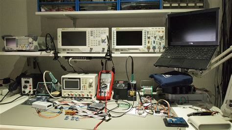 lab bench work whats your work bench lab look like post some pictures of