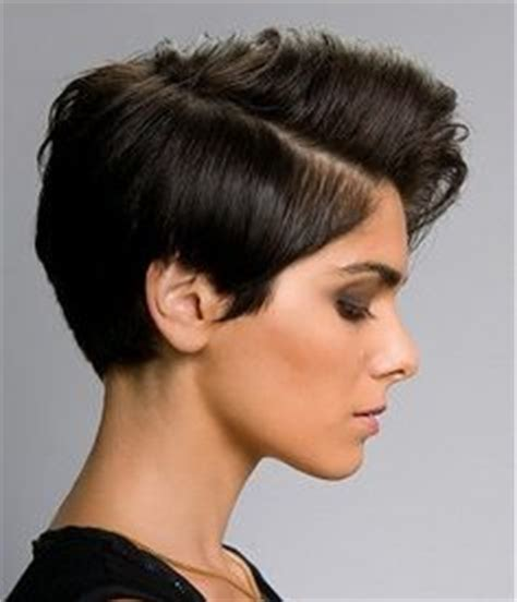 edgy hairstyles for the office why the kate mara short hair controversy is bs pixies