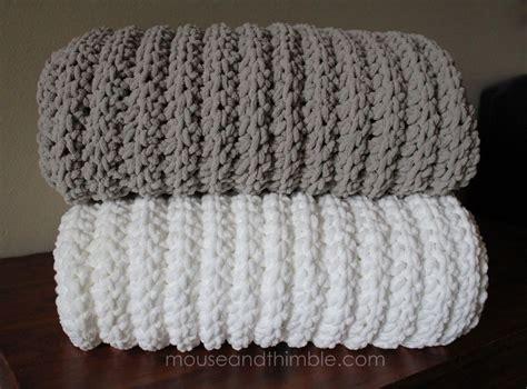 Chenille Baby Blanket Pattern by Easy Crochet Pattern Large Bulky Chenille