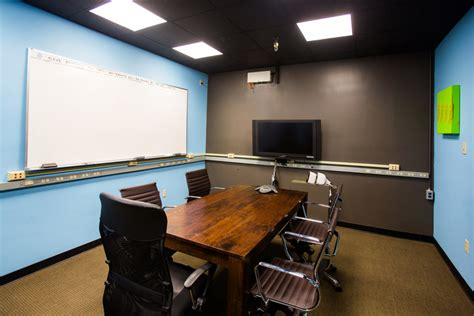 Meeting Rooms In New Orleans by New Orleans Office Space And Offices At Poydras