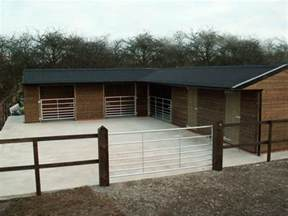 stables mobile stables field shelters timber