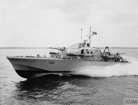 fast patrol boats ww2 hms brave borderer first of the brave class fast patrol