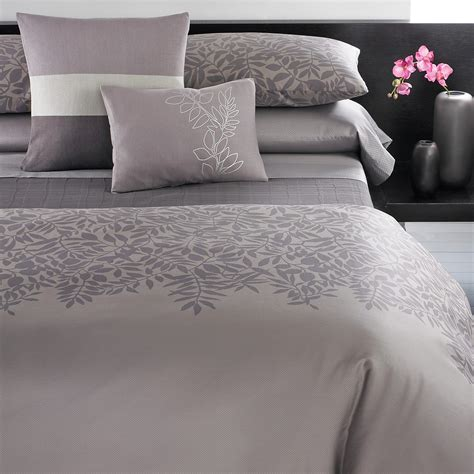 bloomingdales bedding sale calvin klein madiera bedding bloomingdale s