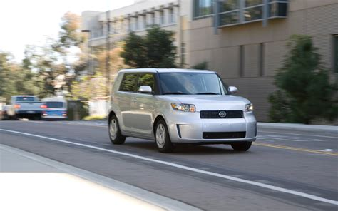scion cube custom 2010 kia soul vs 2009 nissan cube vs 2009 scion xb