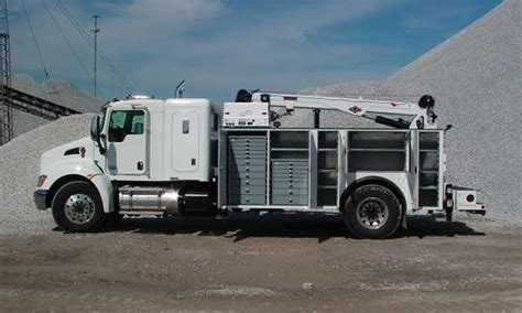 Truck With Sleeper by 14 Ft Peterbilt With Sleeper Qt Equipment