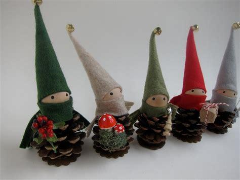 elfcrafts pinecone elf ornament diy crafts