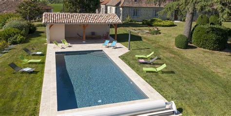 Photos Pool House Piscine by Interesting Luespace Piscine Est Destine Au Farniente Et