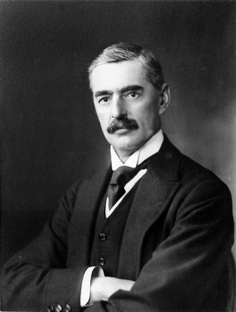 Neville Chamberlain neville chamberlain wikiwand