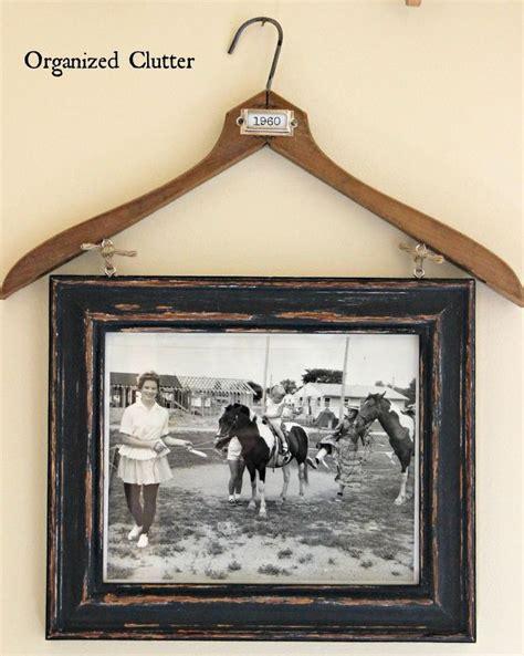 photo hanger vintage clothes hanger frame photo display hometalk