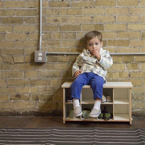 kids shoe bench de 25 bedste id 233 er inden for kid shoes p 229 pinterest