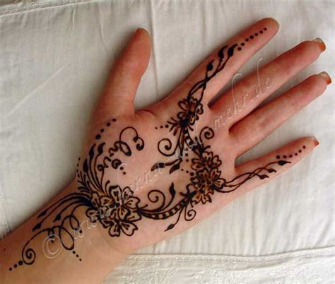 henna tattoo qatar 29 beautiful henna mehndi muster makedes