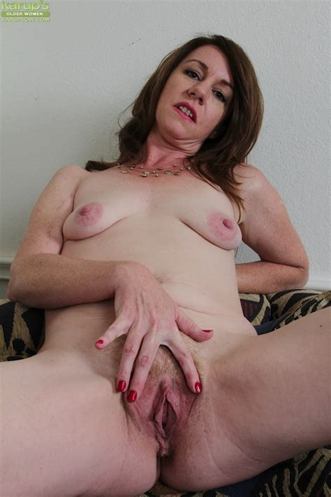 Older Mom Joanie Bishop Stripping Naked And Tugging On Nipples Pornpics Com