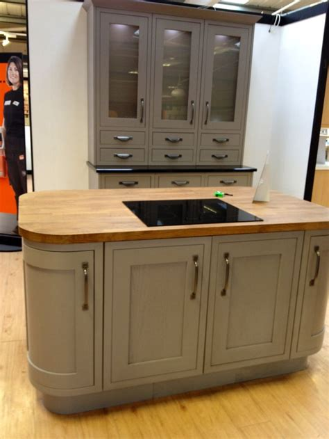 b q kitchen islands 1000 ideas about taupe kitchen on taupe