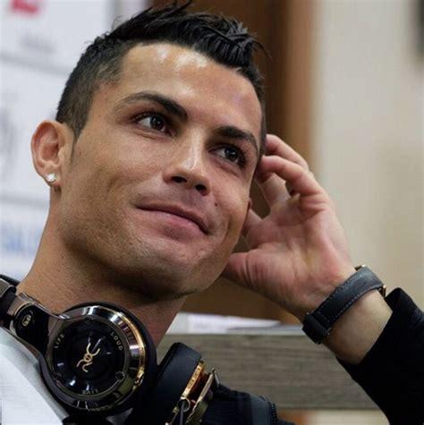 Cristiano Ronaldo By Buku Gaul ronaldo dibentak gara gara minuman korannonstop