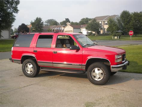 gmc yukon red muddinyukon 1998 gmc yukonsport utility 4d specs photos