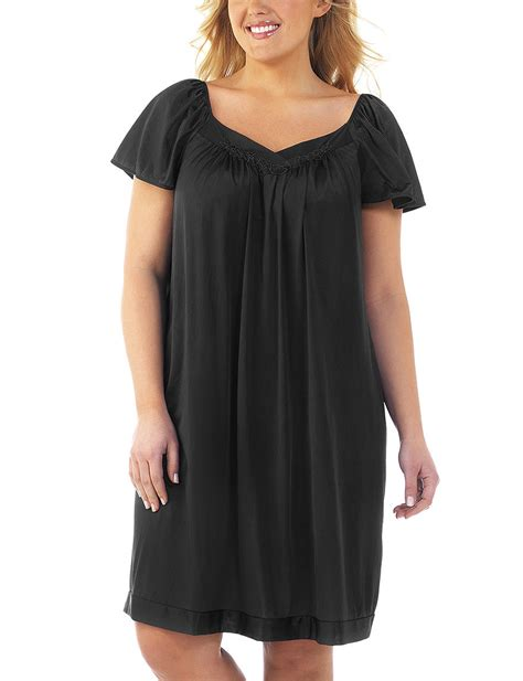 Vanity Fair Gowns Plus Size by More Views