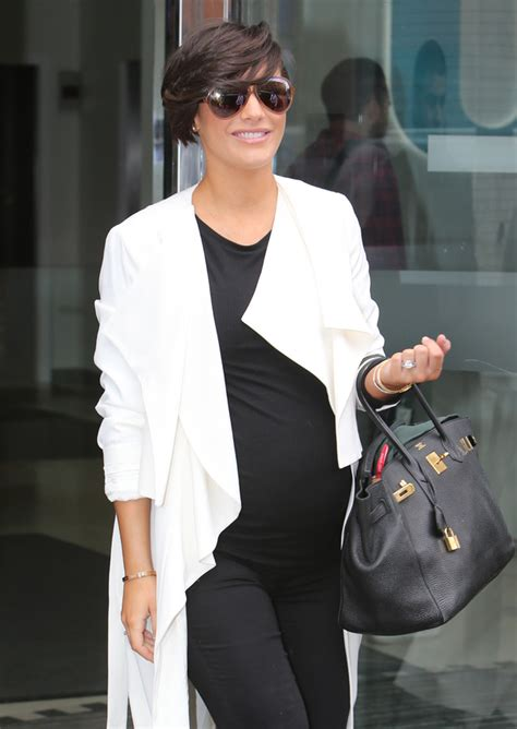 frankie bridge at london fashion week 2015 look pregnant frankie bridge shows off baby bump in monochrome