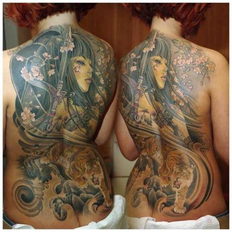 tattoo geisha schiena tatuaggio giapponesi schiena tigre geisha di redberry tattoo