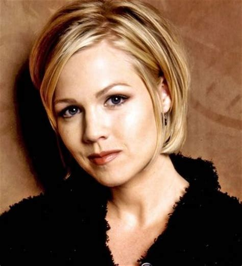 the blonde short hair woman on beverly hills housewives best 25 jennie garth ideas on pinterest short bob with