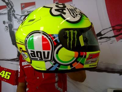 design helm rossi world automotive center 2011 valentino rossi quot the doctor